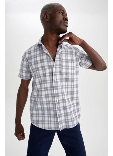DeFacto Regular Fit Ekose Desenli Kısa Kollu Gömlek Beyaz